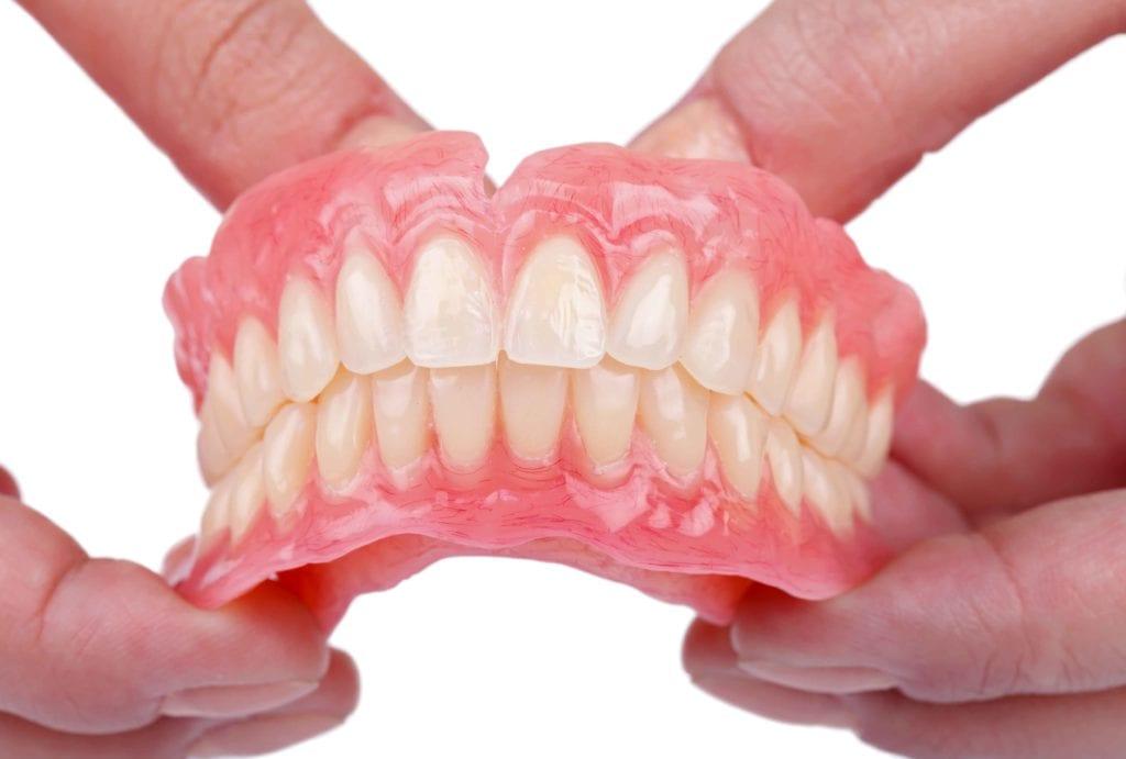 Zubne proteze i hrana